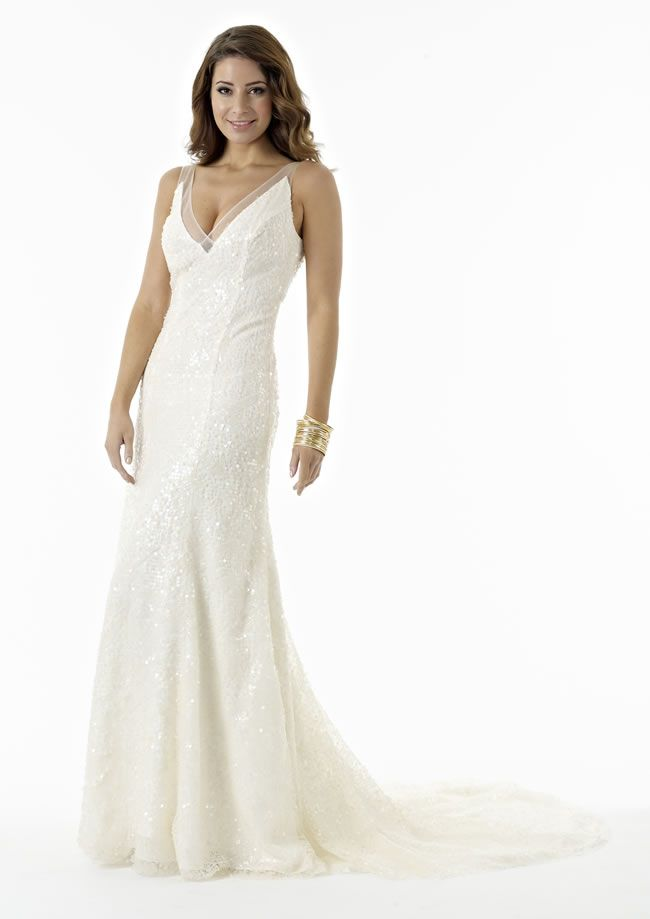 amanda-wyatts-latest-platinum-collection-is-the-last-word-in-understated-elegance-Valentina
