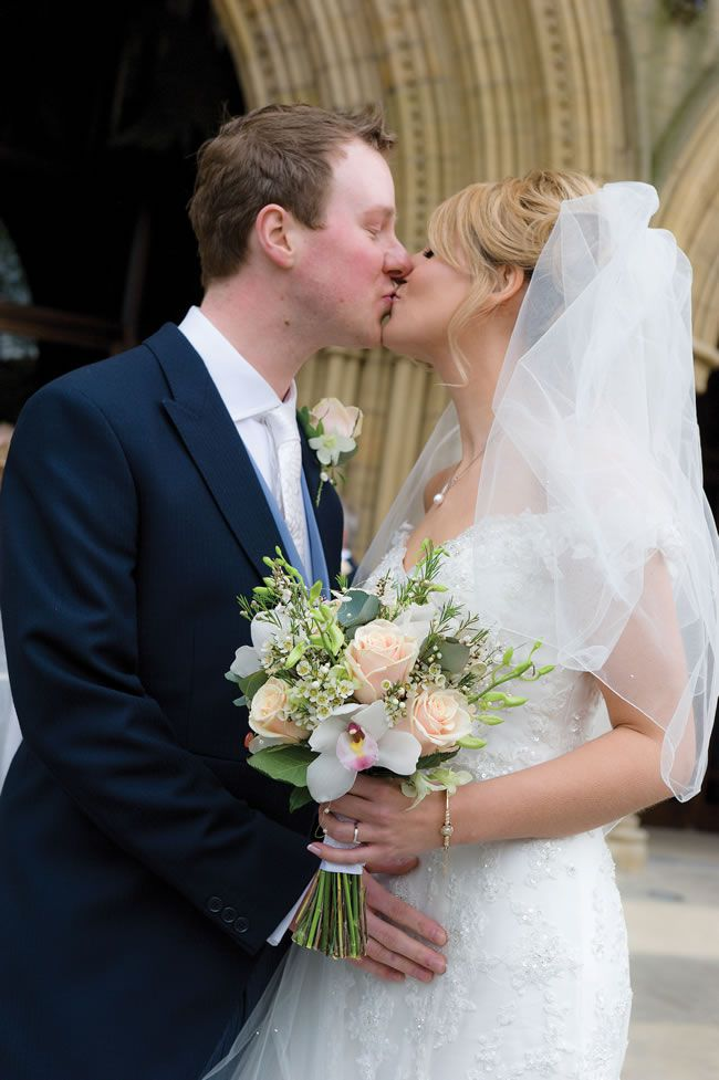 Anna and Nick had a festival-themed tipi wedding full of fun details © shoot-lifestyle.co.uk