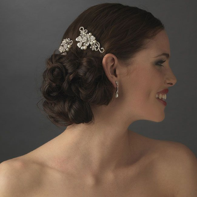 find-the-right-bridal-hair-accessories-for-your-hair-colour-Brunette-pic-2