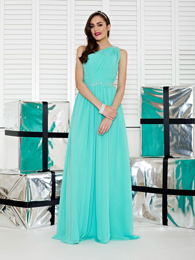 glamorous-wedding-theme-we-love-these-new-black-bridesmaid-dresses-Style-2232