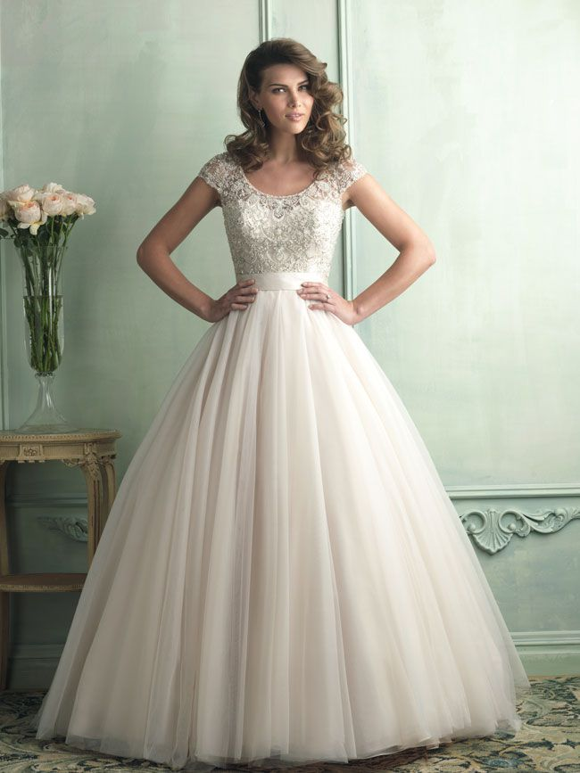 hate-strapless-try-these-new-wedding-dresses-with-straps-from-allure-bridals-9100F