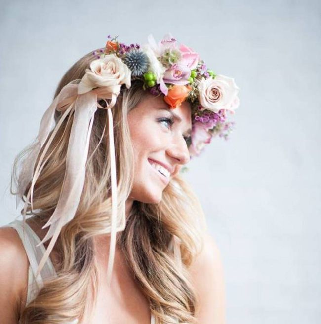 Wedding Hair Accessories: Your Guide to Bridal Hair Accessory Ideas flower crown