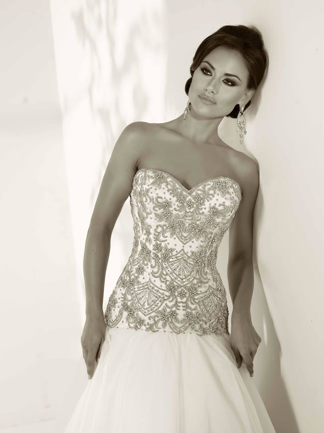 love-glamorous-embellishment-the-2014-cristiano-lucci-collection-is-perfect-for-you-12835_C-Kim