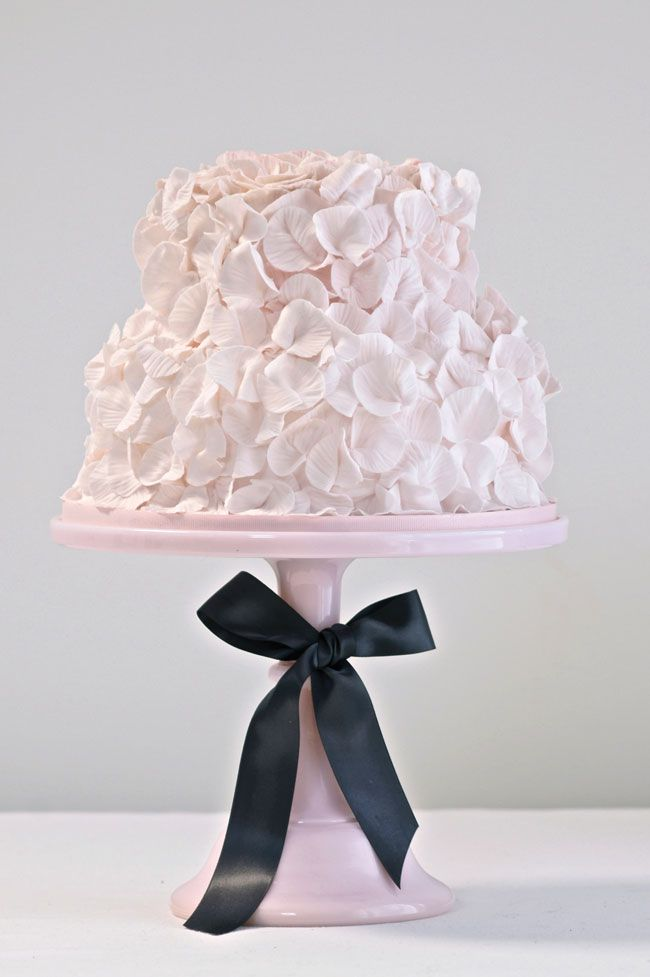 made-you-blush-introducing-the-wedding-colour-for-2014-Cakes-by-Krishanthi-44-009