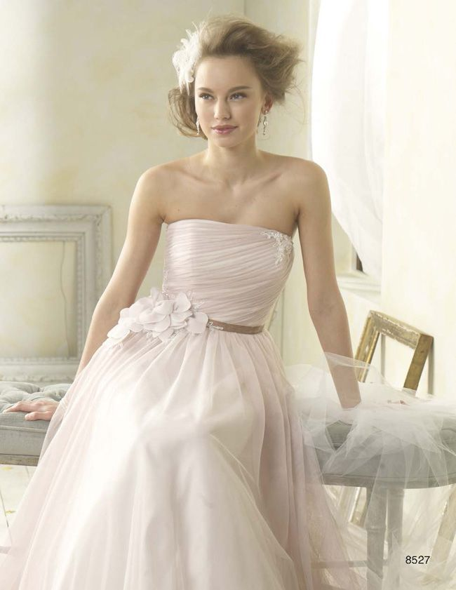 made-you-blush-why-this-super-shade-is-the-wedding-colour-for-2014-AA-modern-vintage-8527AC