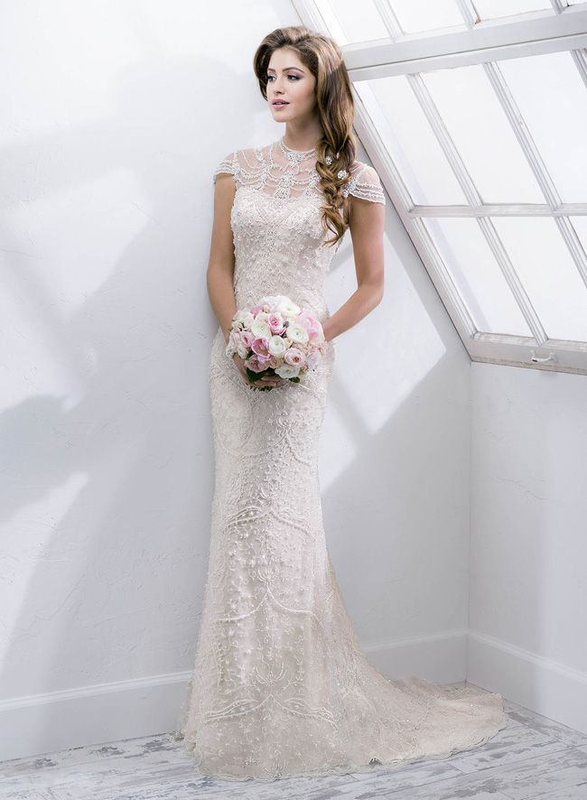 new-sottero-and-midgley-collection-boasts-art-deco-inspired-details-Amanie