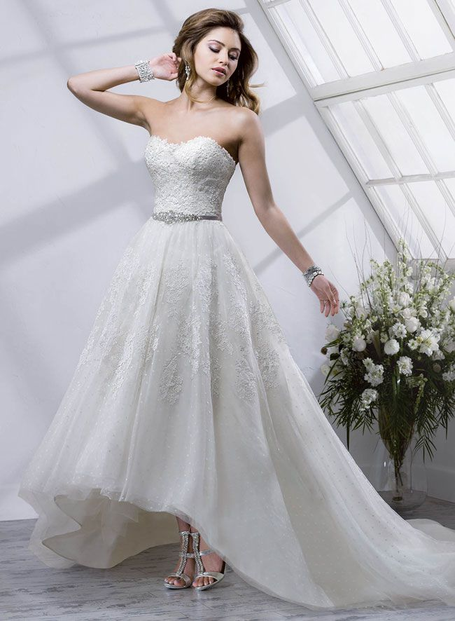new-sottero-and-midgley-collection-boasts-art-deco-inspired-details-Macie