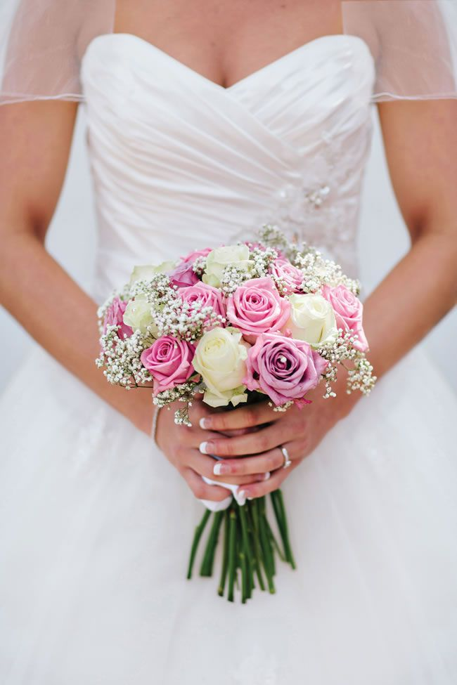 samantha-and-craigs-beautiful-silver-and-pale-pink-wedding-was-full-of-lace-details-marriageisthebomb.com-details_045a