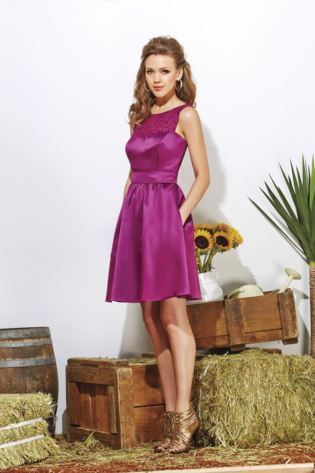 these-fun-and-flirty-jasmine-bridesmaid-dresses-are-perfect-for-summer-weddings-P166013