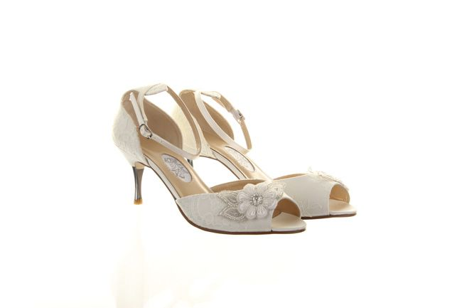 vintage-brides-will-love-the-new-hassall-wedding-shoes-for-2014-Rainbow-Club_Hassall_Millie-Rose_210