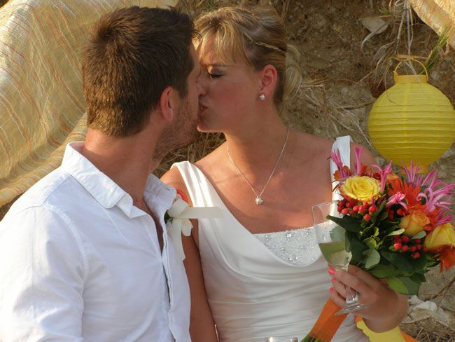 why-we-chose-a-wedding-abroad-two-real-couples-reveal-all-kate-1