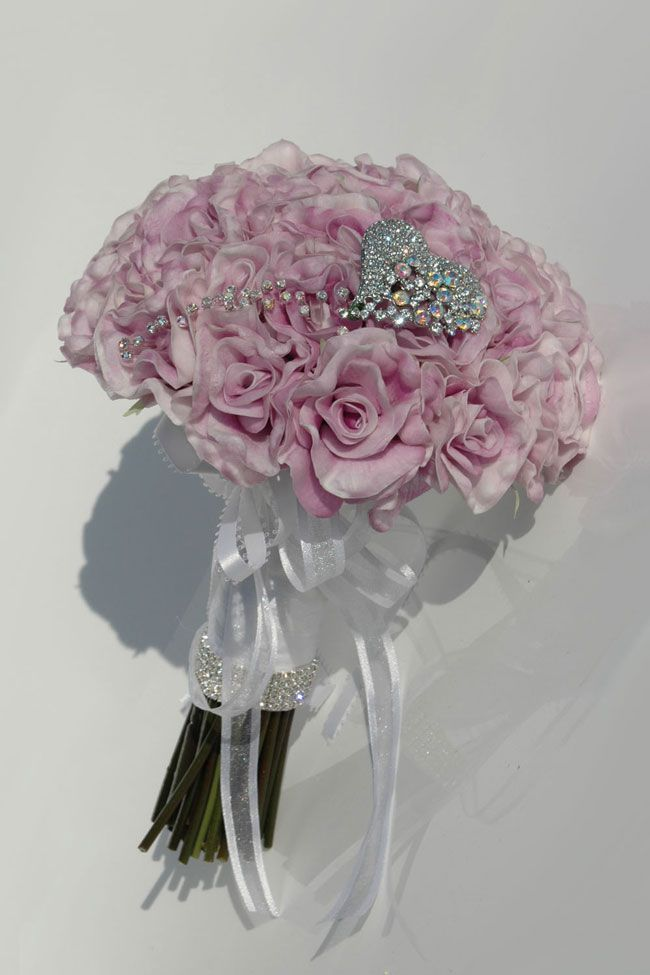 10-best-selling-silk-wedding-flowers-for-spring-and-summer-2014-georgia-lilac-rose-bride_2