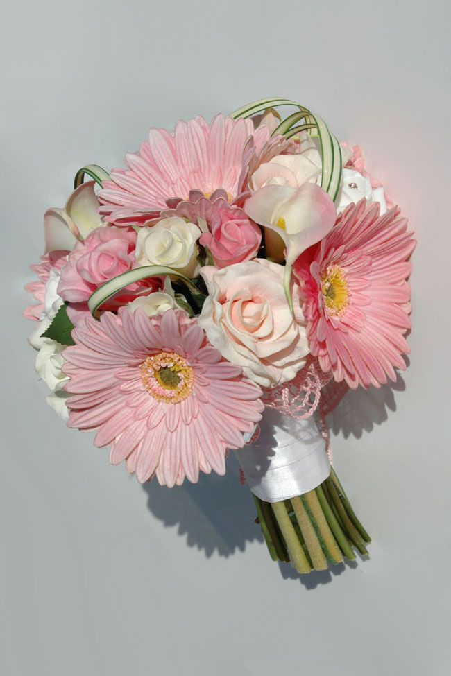 10-best-selling-silk-wedding-flowers-for-spring-and-summer-2014-savannah-rose-gerbera-bride_2