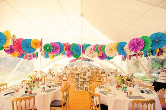 14 Amazing DIY Details from Real Weddings bunting
