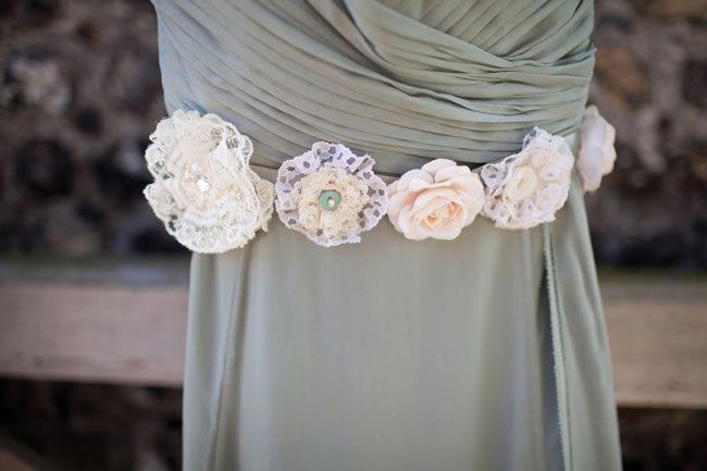 14 Amazing DIY Details from Real Weddings dress belt