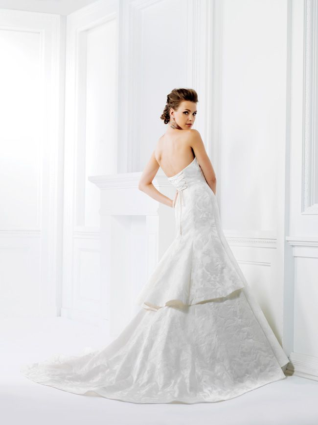 20-of-the-best-wedding-dresses-with-flowers-for-2014-F161008-Jasminebridal.com