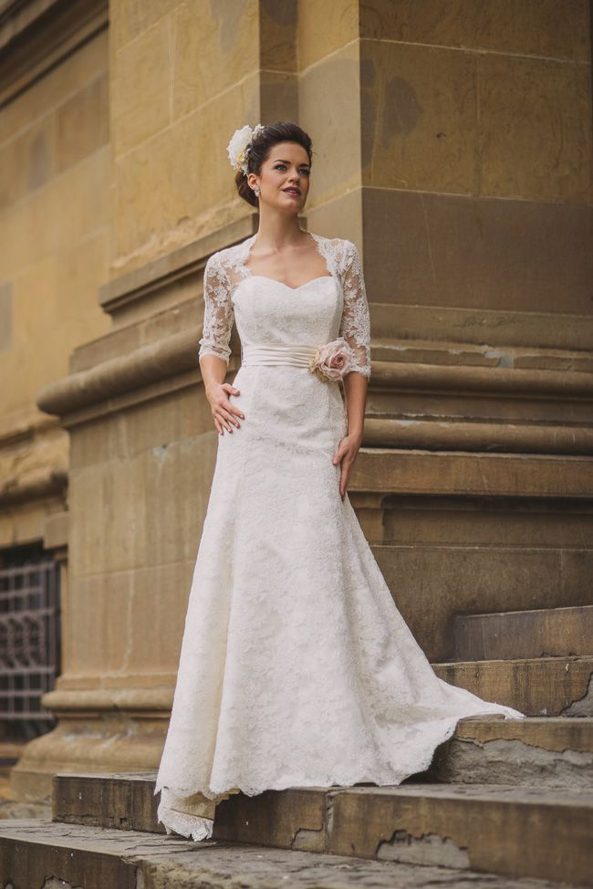 20-of-the-best-wedding-dresses-with-flowers-for-2014-FMNDesigns-carlotta
