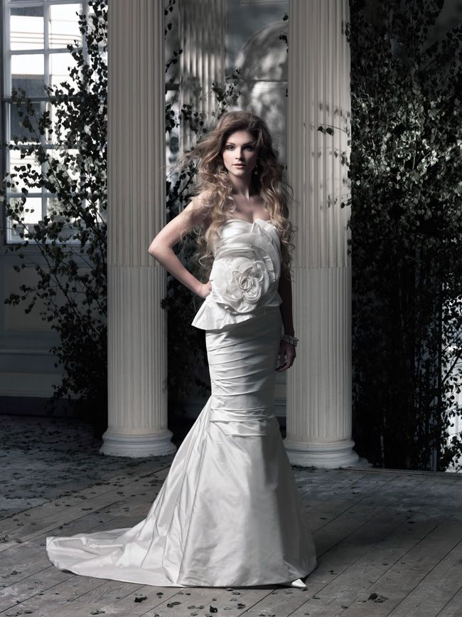 20-of-the-best-wedding-dresses-with-flowers-for-2014-Ian-Stuart-Cover-Girl