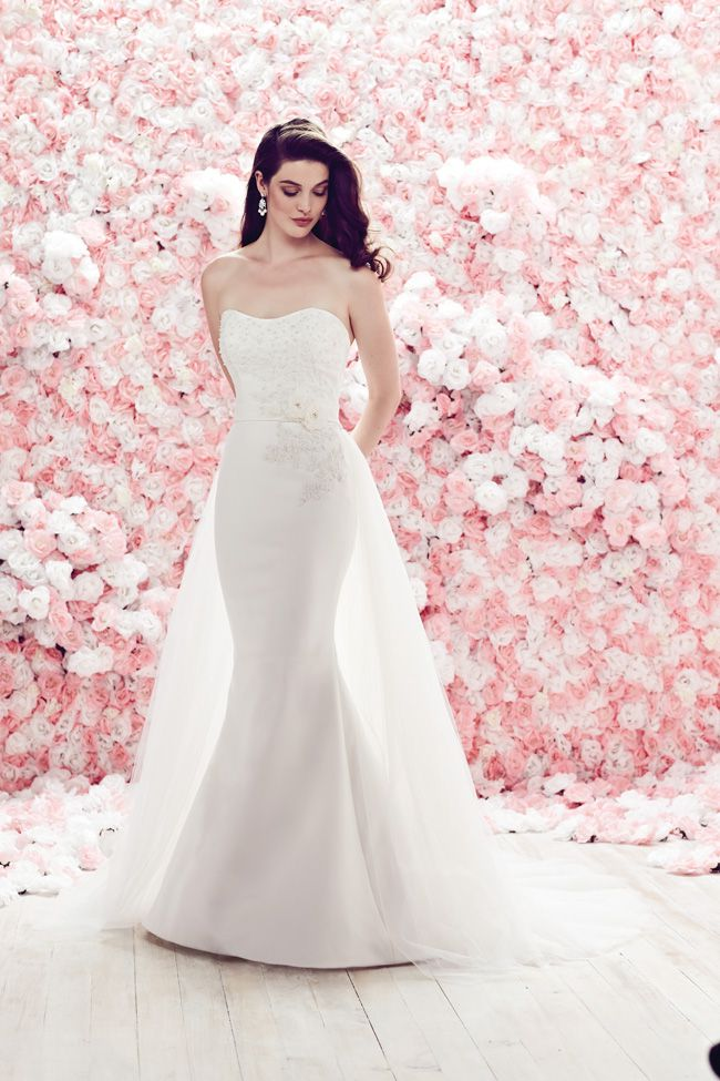 24 of the best wedding dresses with flowers for 2014