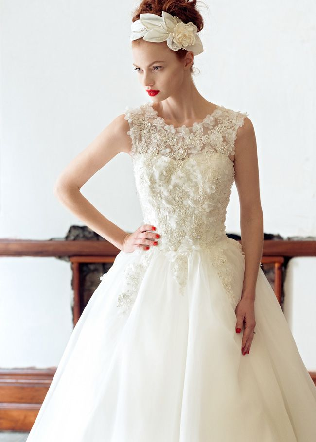 20-of-the-best-wedding-dresses-with-flowers-for-2014-Rose-Charlotte-balbier