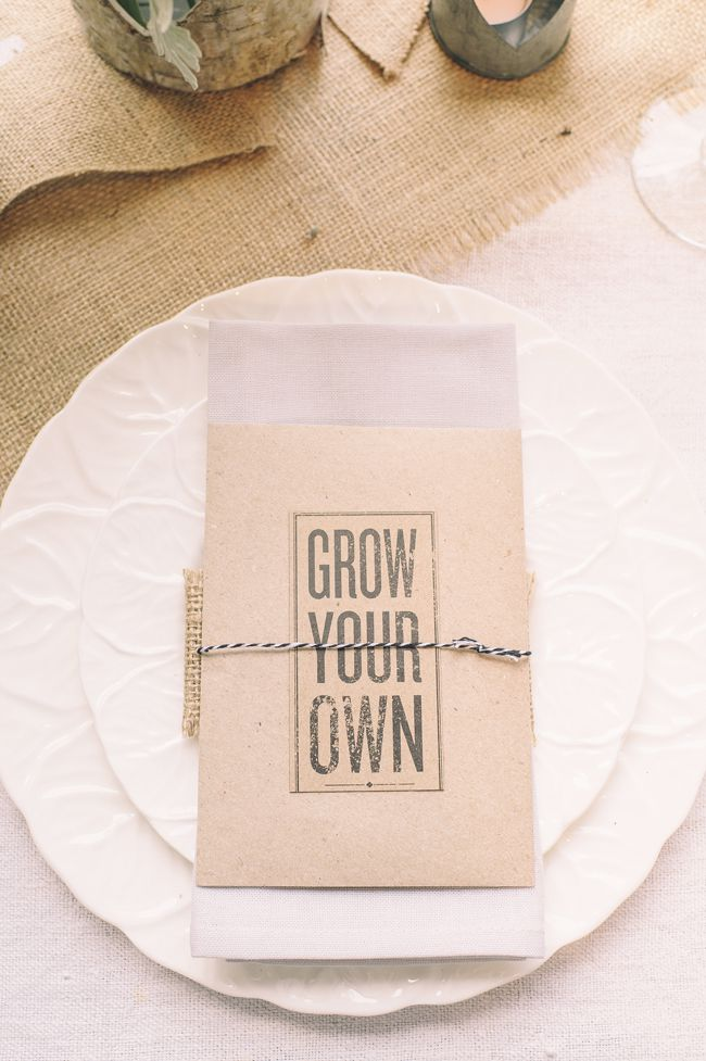 5-alternative-wedding-favours-your-guests-wont-leave-behind-theweddingofmydreams.co.uk-Seed-packet-wedding-favour-£3-The-Wedding-of-my-Dreams--Credit-Daffodil-Waves-Photography-(104)