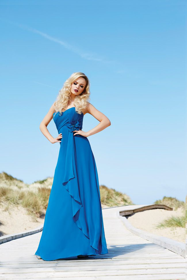 7-essential-dress-tips-that-will-keep-your-bridesmaids-happy-Shot-1_0062