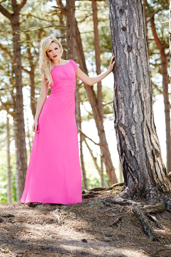 7-essential-dress-tips-that-will-keep-your-bridesmaids-happy-Shot-6_0002