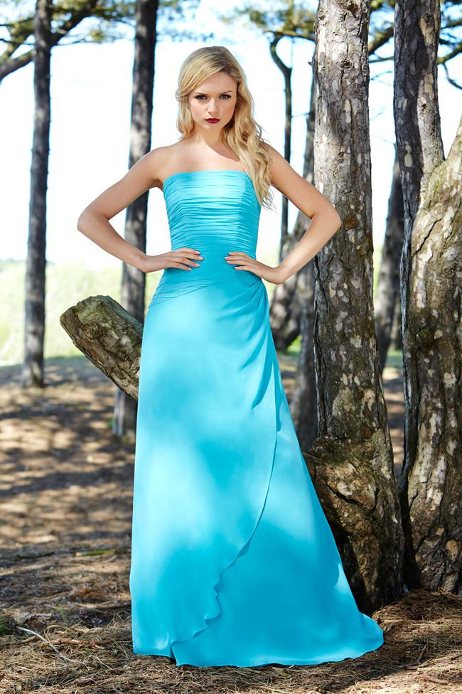 7-essential-dress-tips-that-will-keep-your-bridesmaids-happy-Shot-8_0023