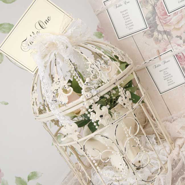 7-hot-wedding-details-to-hire-for-your-vintage-reception-birdcages-bohemiandreams.co.uk-hire-12