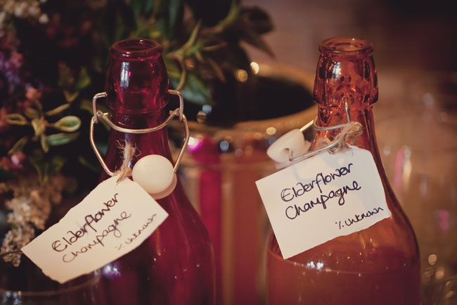 8-quirky-wedding-drinks-to-get-your-guests-talking-lissaalexandraphotography.com