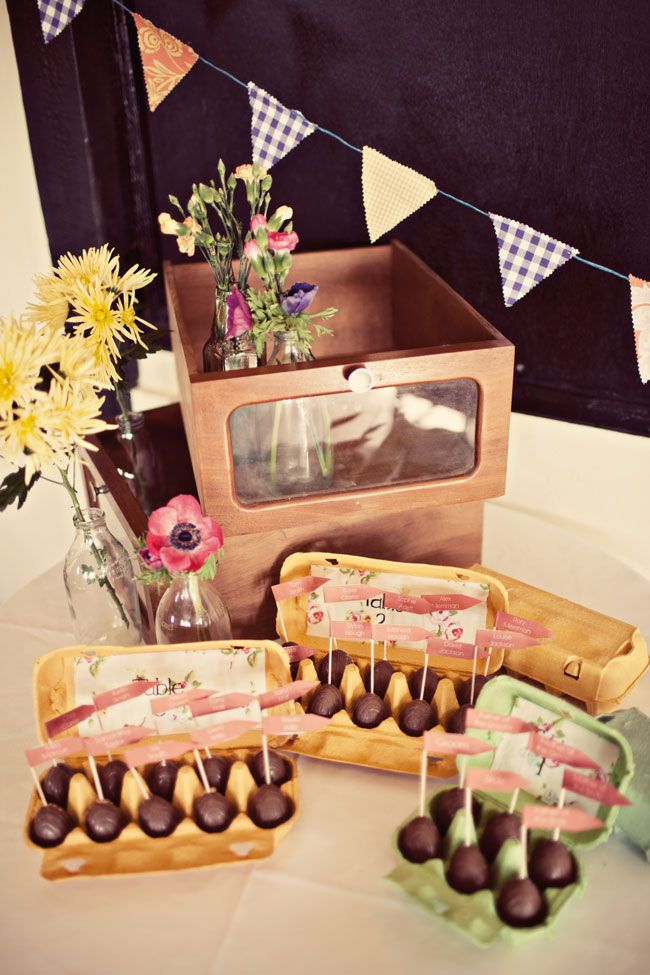 9-incredible-edible-wedding-favours-your-guests-will-love-AnnaClarkePhotography-southfarm-001