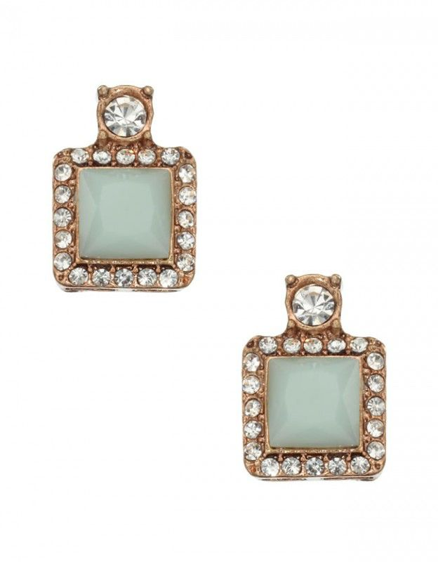9-modern-bridesmaid-gifts-that-your-girls-will-love-crystal-square-studs-accessorize-8