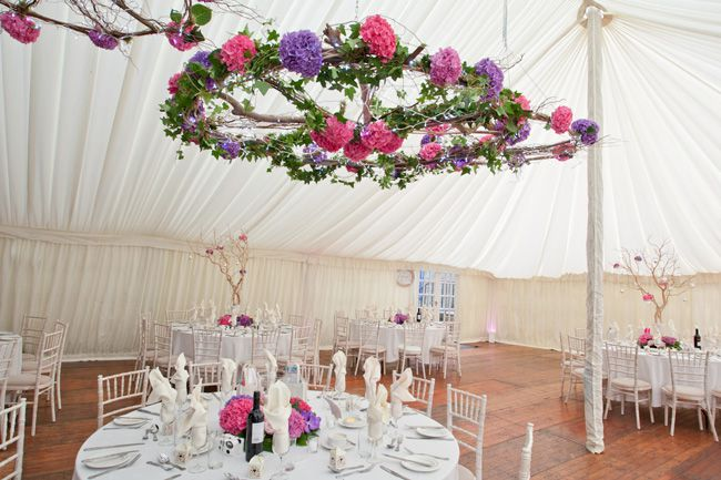 9 Super Styling Tips To Give Your Marquee Maximum Impact