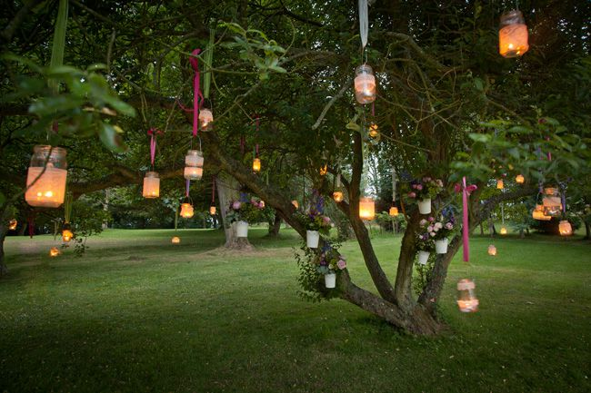 9-super-styling-tips-to-give-your-marquee-maximum-impact-Get-Knotted.net-Jars-in-Trees-(2)