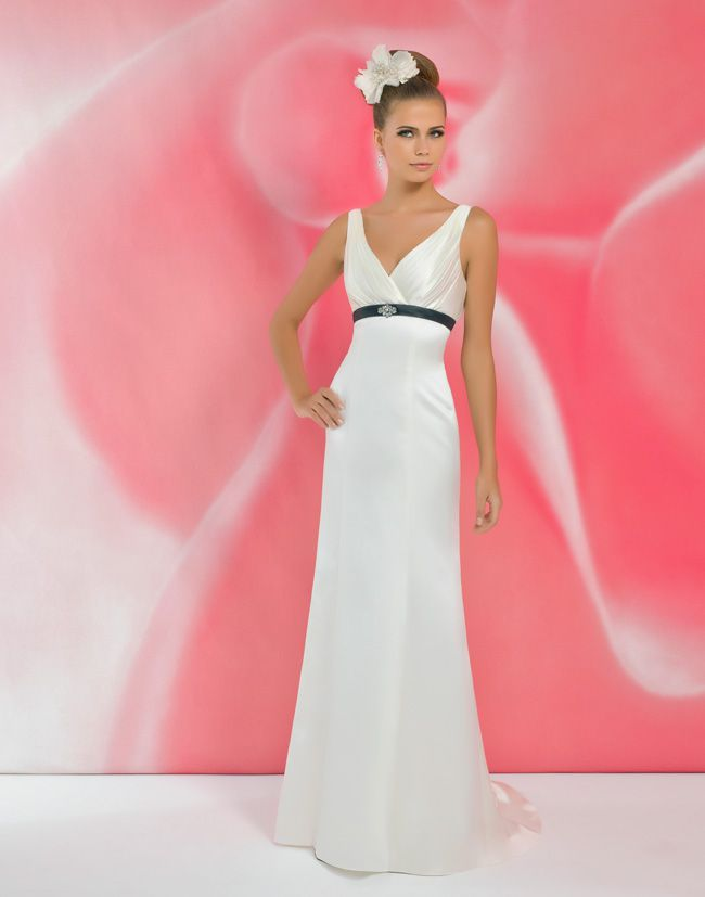 alexias-new-ivory-dress-collection-is-perfect-for-last-minute-brides-I109--Black