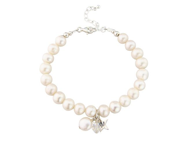beautiful-birthstone-jewellery-and-what-it-says-about-you-april-pearl