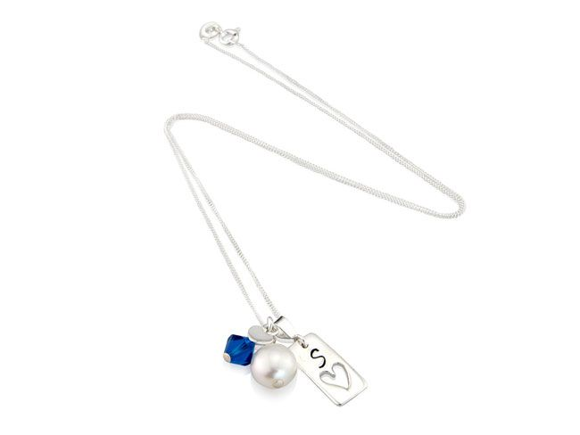 beautiful-birthstone-jewellery-and-what-it-says-about-you-september-blue