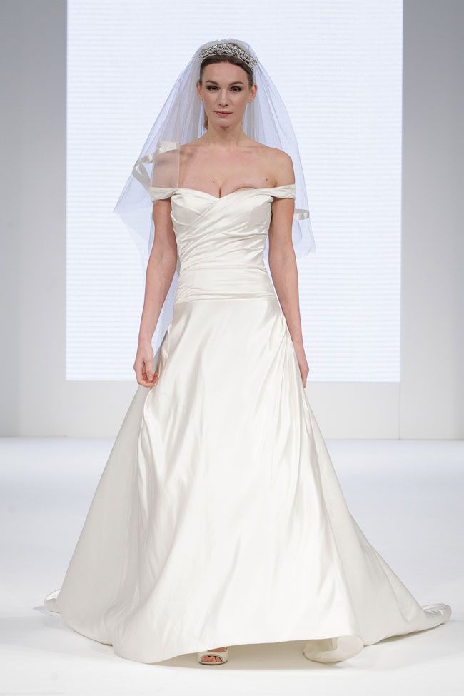 brilliant-bridal-finds-from-the-national-wedding-show-in-manchester-national_wedding_show_feb2014_manchester_catwalk_001