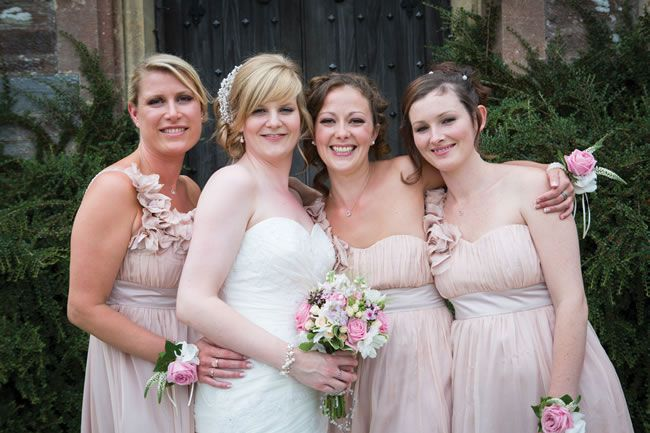 elvis-presley-fans-danielle-and-marc-had-a-pretty-pastel-wedding-theme-gwenterphotography.co.uk-258