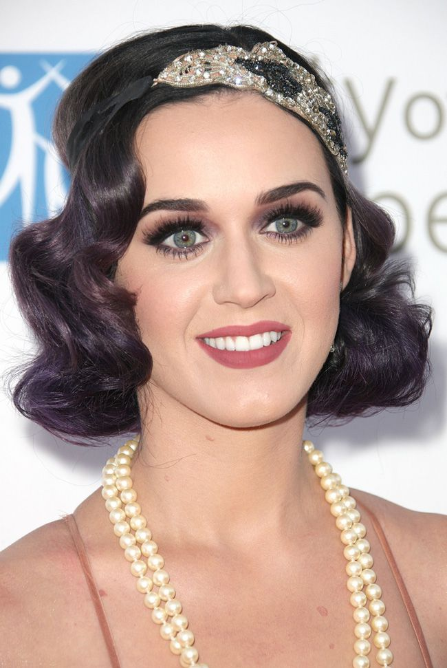 how-to-choose-a-hairstyle-to-match-your-wedding-dress-Katy-Perry