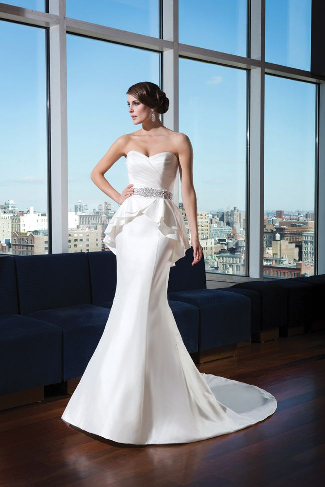 how-to-choose-a-hairstyle-to-match-your-wedding-dress-justinalexanderbridal.com-9739_066