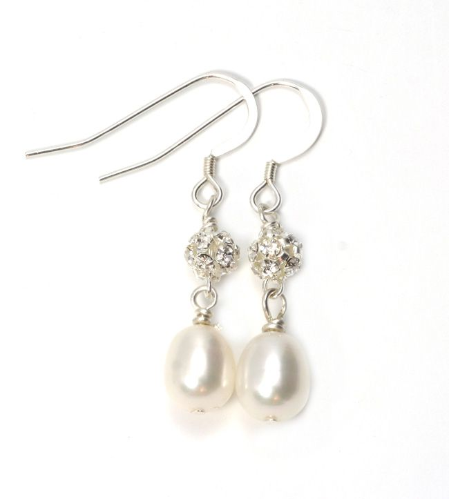 how-to-choose-bridesmaid-wedding-accessories-they-will-love-forever-julieannbeads.co.uk-Audrey-Earrings-19.50