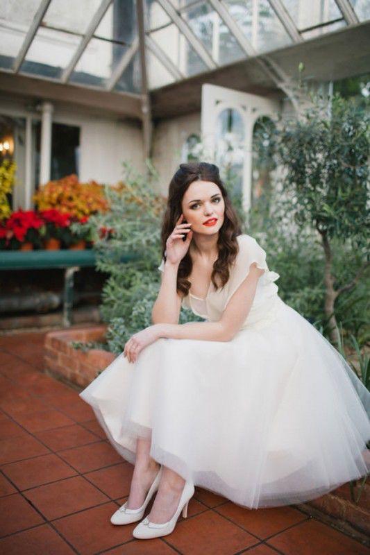 how-to-wear-heels-on-your-wedding-day-expert-rachel-simpson-tells-all-rachel-simpson
