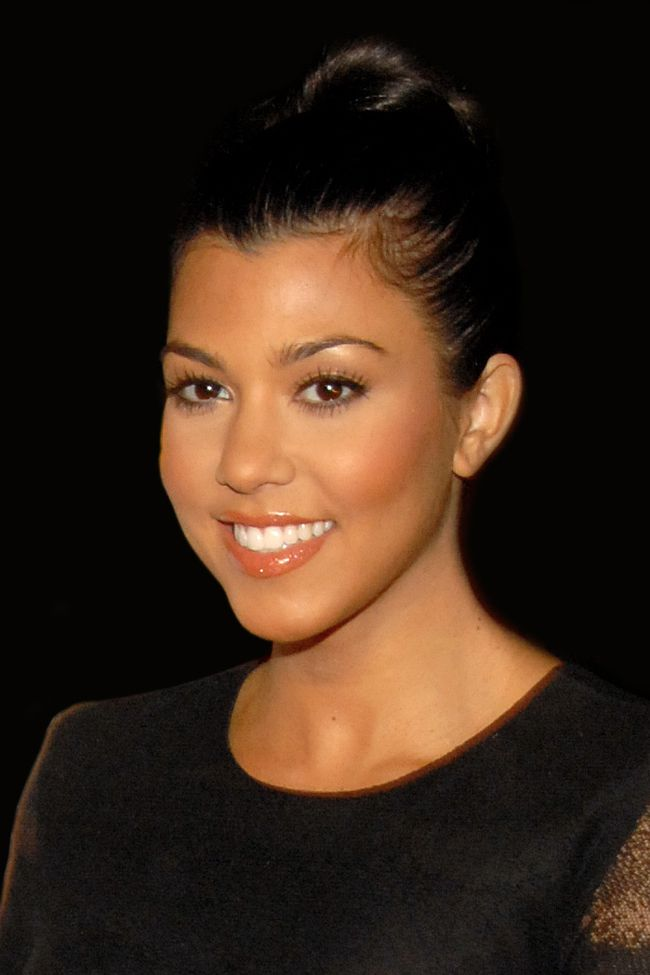 kourtney-kardashian-set-marry-boyfriend-scott-disick-seven-years-will-kim-say-©-Glenn-Francis,-www.PacificProDigital.com
