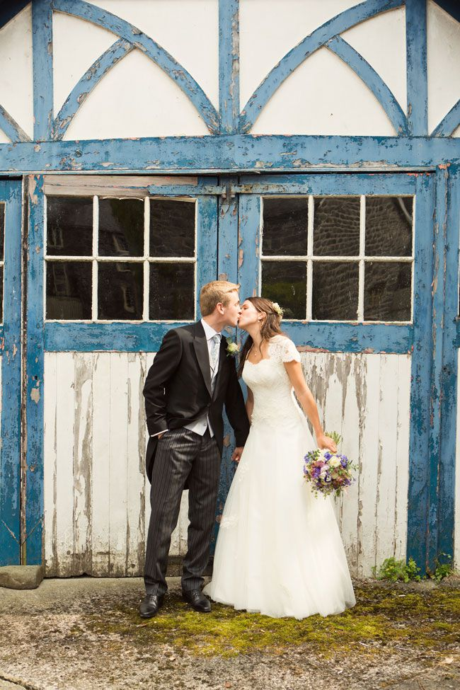 lucky-wedding-traditions-from-around-the-world-lilyandfrank.co.uk