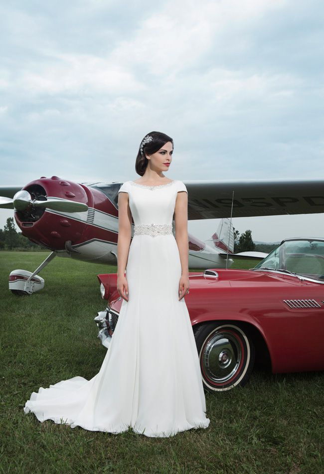 make-a-wedding-meme-and-you-could-win-a-justin-alexander-dress-8728