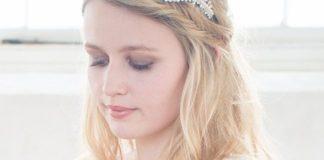 save-20-on-bridal-accessories-at-chez-bec-this-april-Rebecca-Headband-148-Chez-Bec-(2)