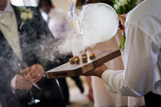 summer-wedding-food-ideas-to-surprise-your-guests-smoking