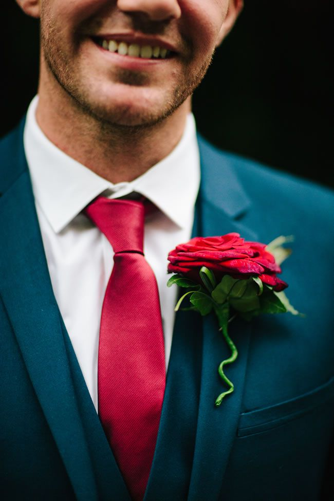 the-hottest-colours-for-wedding-flowers-in-2014-MarriageIsTheBomb.com