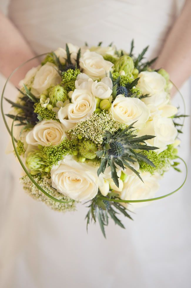 the-hottest-colours-for-wedding-flowers-in-2014-samanthadavisphotography.com